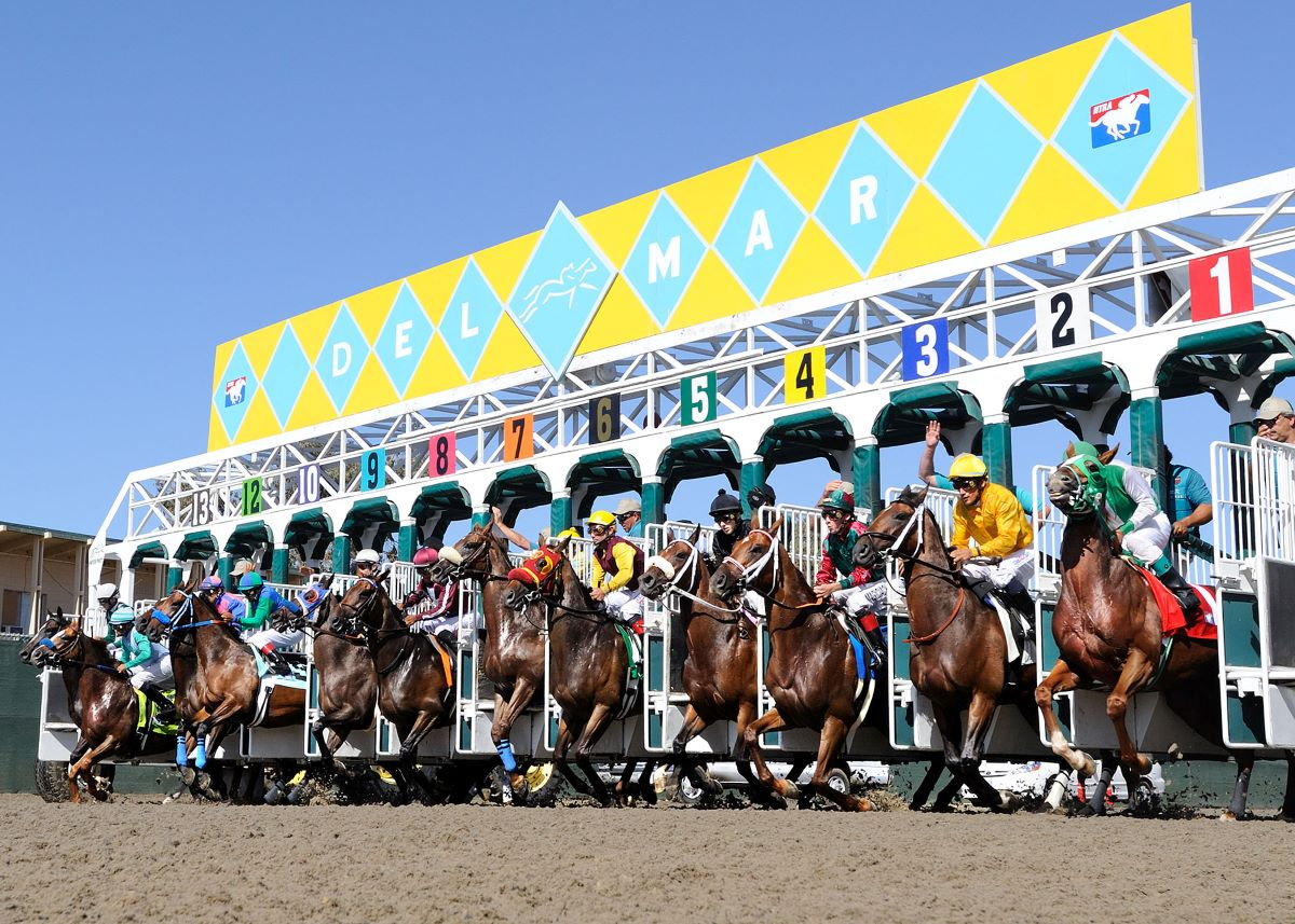 Del Mar Resumes With Extra Day