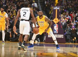 LA Lakers star LeBron James (23) guards LA Clippers forward Kawhi Leonard at Staples Center in downtown LA. (Image: Getty)
