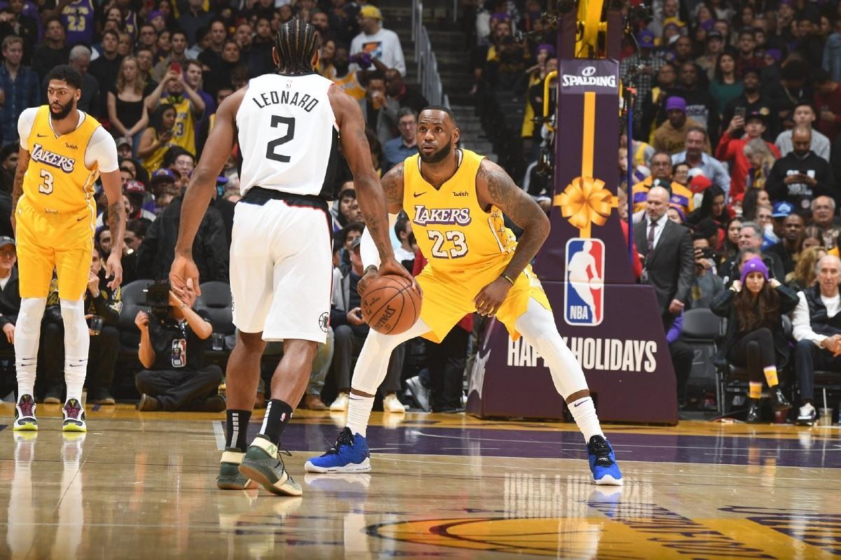 NBA Restart Bubble Championship odds Lakers Bucks Clippers