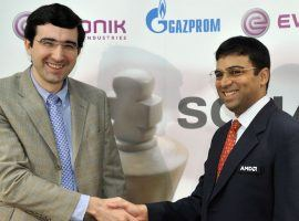 Former World Champions Vladimir Kramnik (left) and Viswanathan Anand (right) are both playing in the Legends of Chess tournament. (Image: Henning Kaiser/Getty)