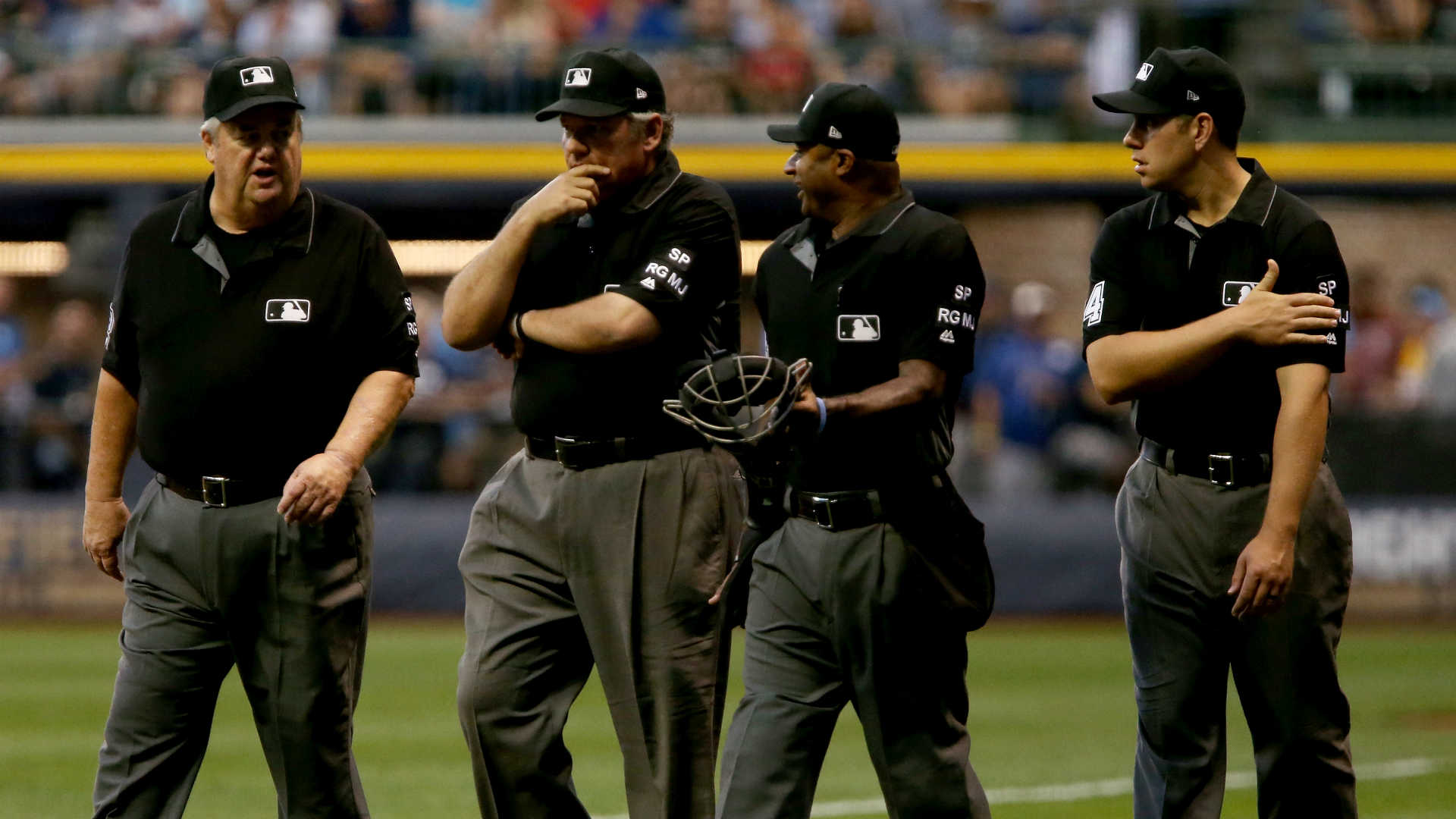 MLB umpires opt out