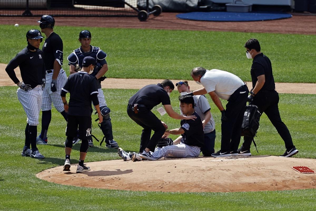 Masahiro Tanaka line drive head hit ball Yankees