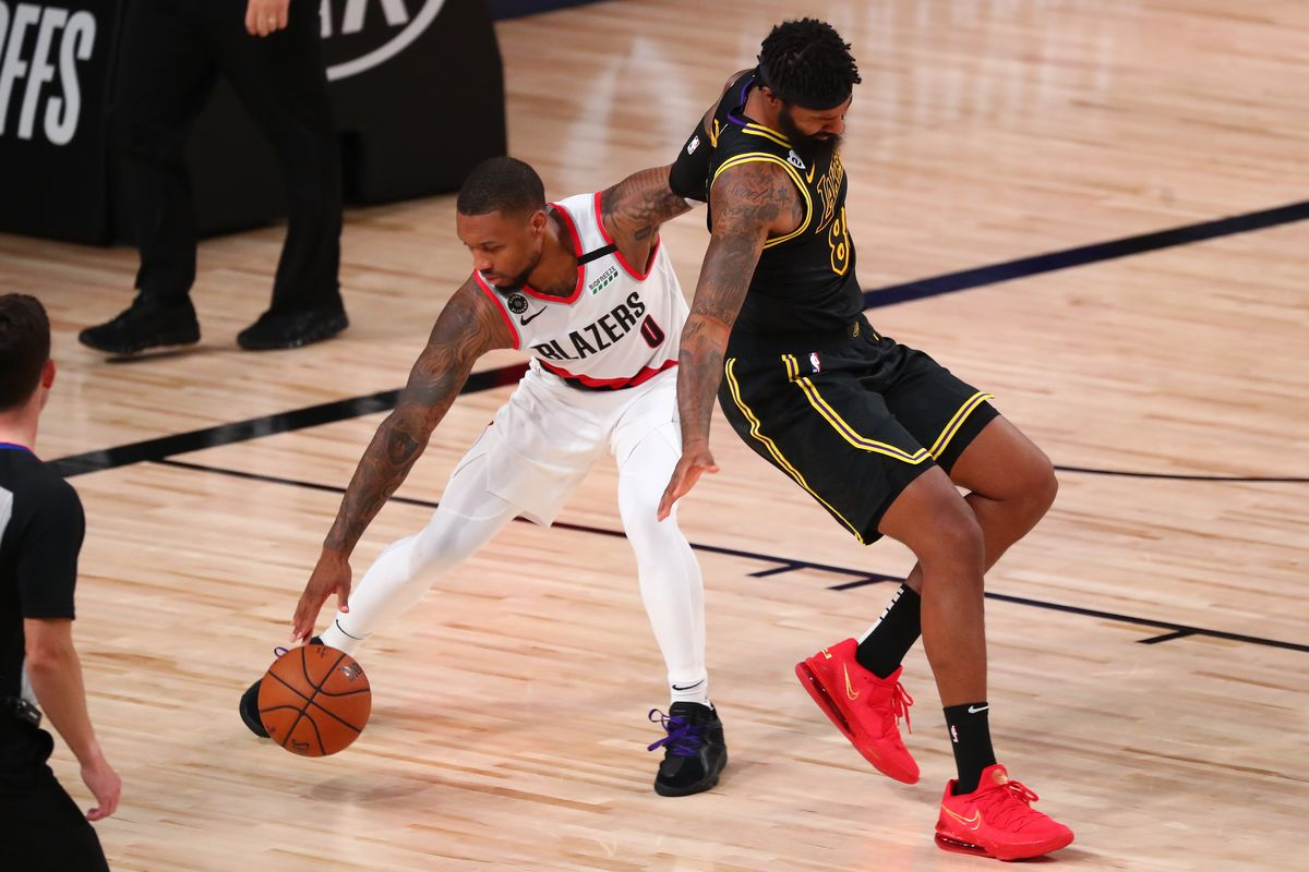 Damian Lillard knee injury Portland Trail Blazers LA Lakers
