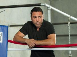 Oscar De La Hoya announced on Wednesday he was coming out of retirement and wants to fight a top-ranked opponent. (Image: Getty)