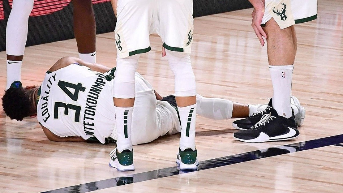 Greek Freak ankle injury Bucks Milwaukee