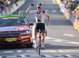 Team Sunweb's Soren Kragh Andersen reaches the finish line at Stage 19 Champagnole of the 2020 Tour de France. (Image: Getty)