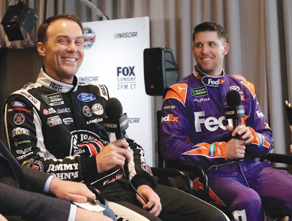 Kevin Harvick Denny Hamlin Cook Out Southern 500