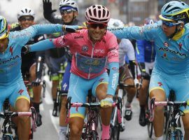 Italy's Vincenzo Nibali celebrates a victory at the 2016 Giro d'Italia. (Image: AP)