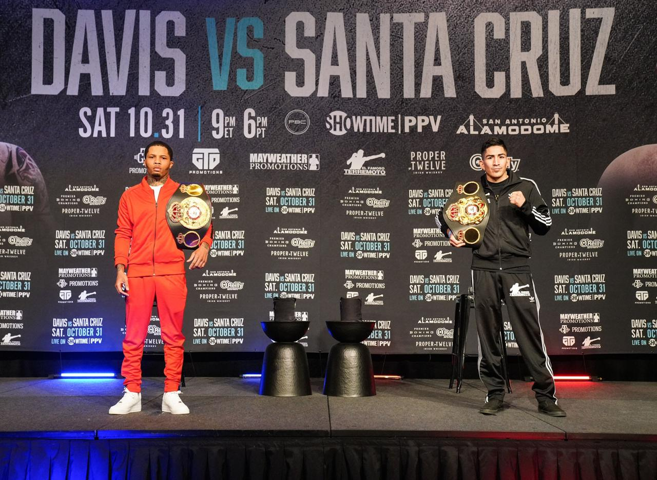 Peluang Davis Santa Cruz