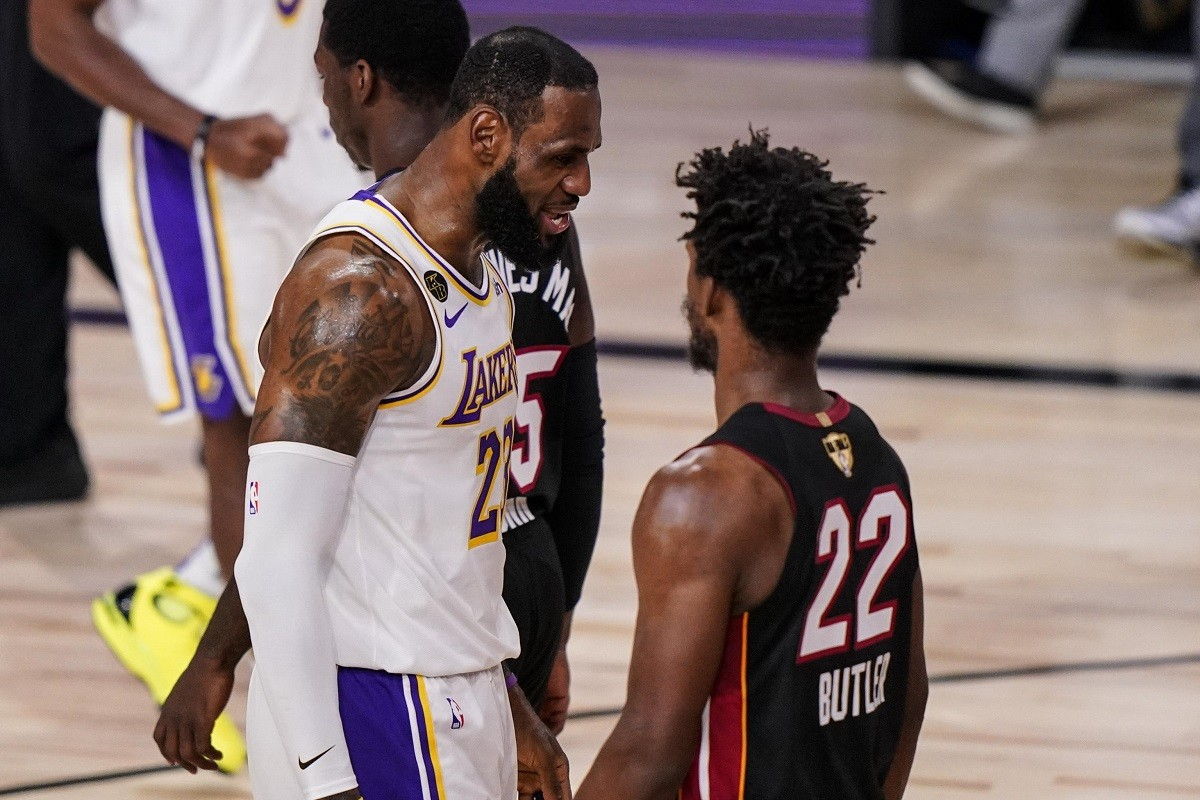 LA Lakers Miami Heat NBA Finals Pertandingan 4 Jimmy Butler LeBron James