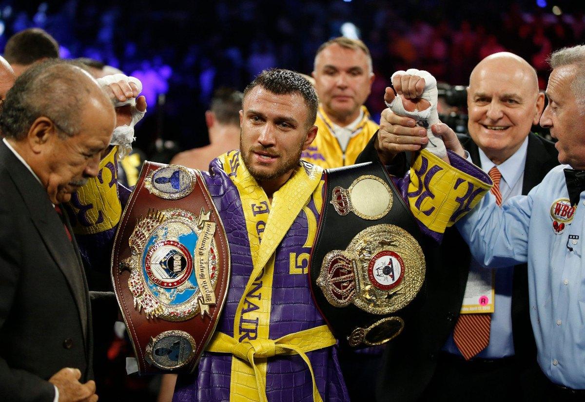 Lomachenko Lopez odds boxing