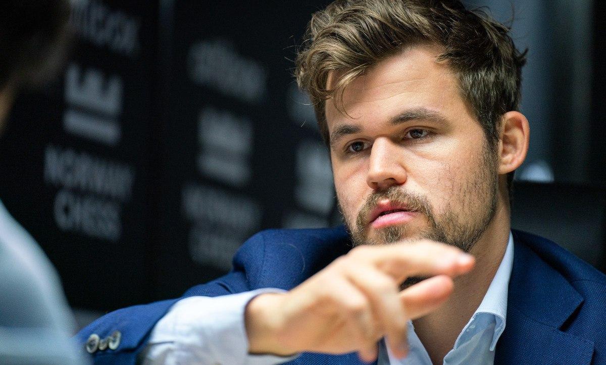 Catur Norwegia Carlsen Caruana