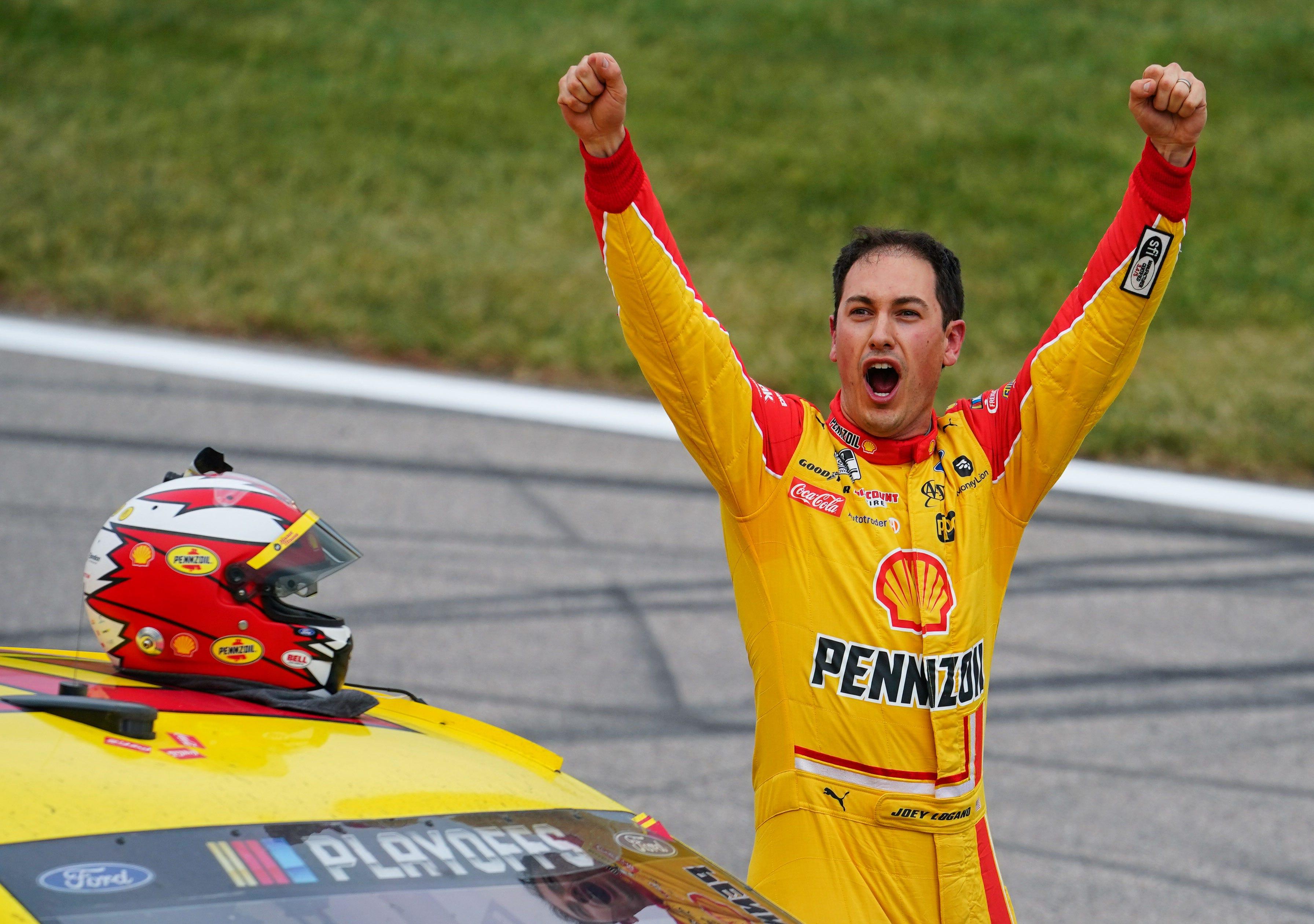 Kejuaraan Seri Piala NASCAR Joey Logano