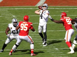 NFL Week 5 betting was highlighted by Las Vegas quarterback Derek Carr leading the Raiders over Kansas City. (Image: Getty)
