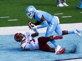 One of college football week 8 highlight was North Carolina defensive back Don Chapman leaping to take away a touchdown from North Carolina State's Dylan Parham. (Image: USA Today Sports)