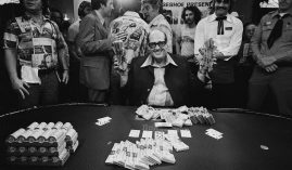 Doyle Brunson wins the 1977 WSOP Main Event. (Image: Tony Korody/Getty)
