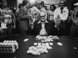 Doyle Brunson wins the 1977 WSOP Main Event. (Image: Tony Korody/Getty)