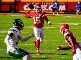 Patrick Mahomes of the Kansas City Chiefs picks apart the lowly NY Jets. (Image: Jay Biggerstaff/USA Today Sports)
