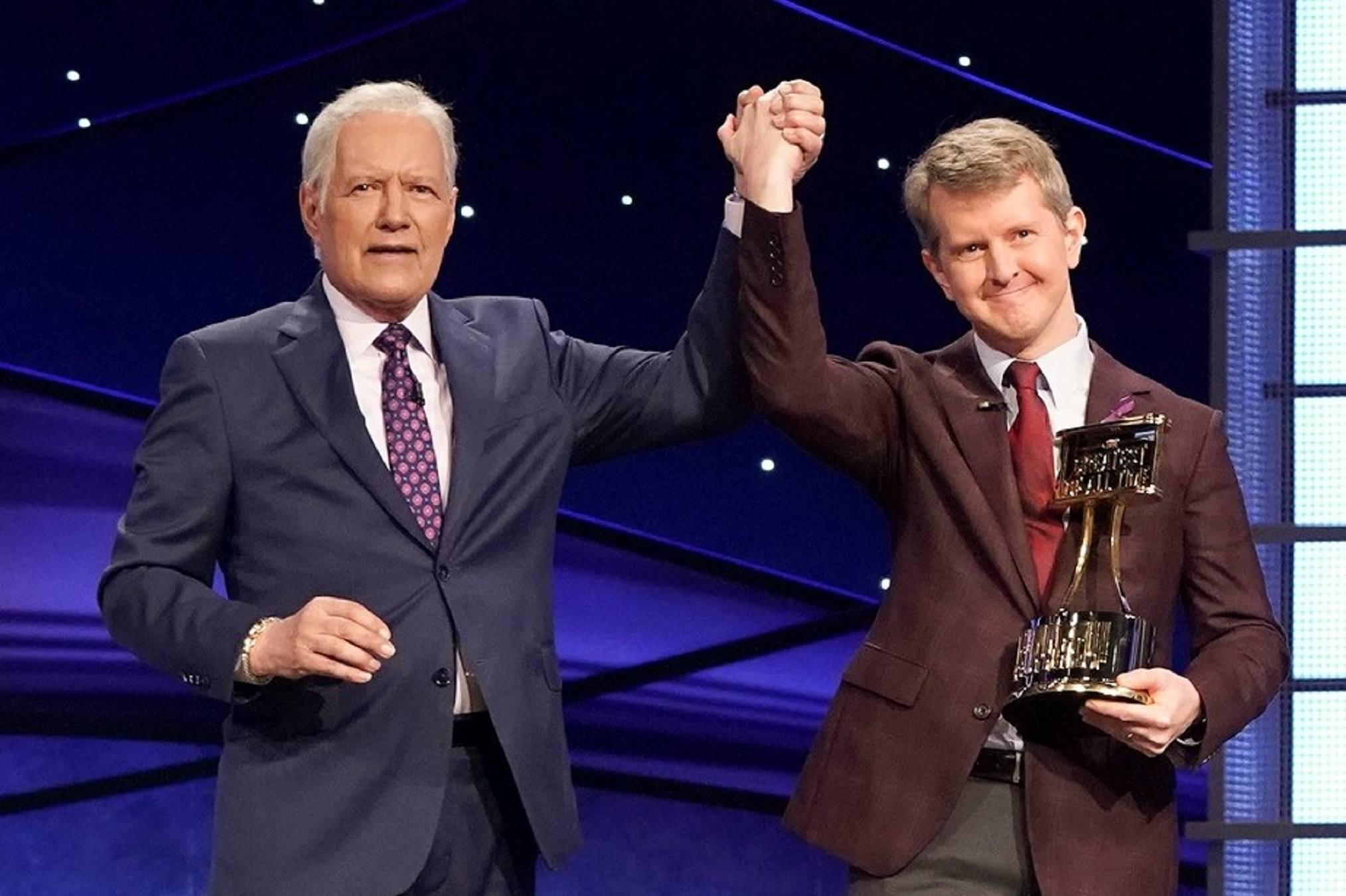 Alex Trebek, Jeopardy berikutnya dari Ken Jennings!  tuan rumah