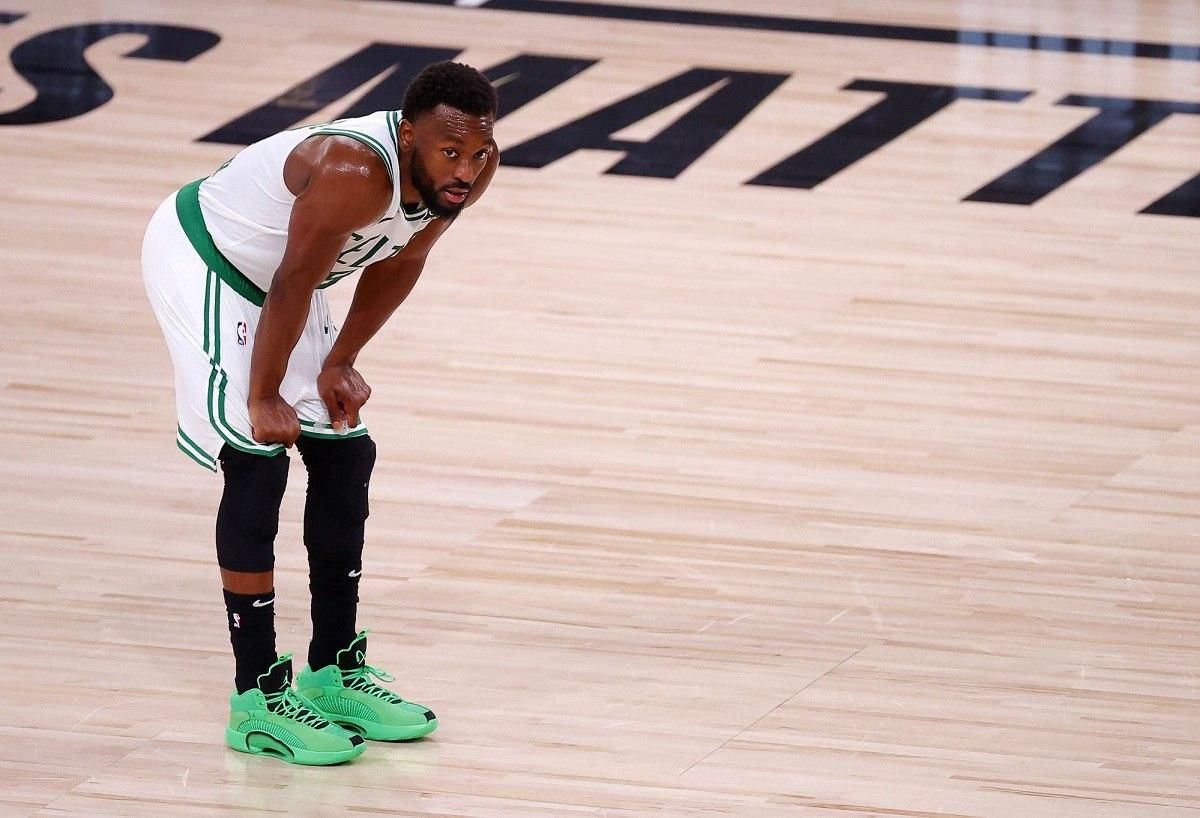 Kemba Walker knee injury Boston Celtics out