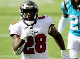 Leonard Fournette may find himself in the starting role at running back this week, which would boost his DFS value.(Image: Tampa Bay Times)