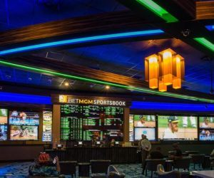 BetMGM sports book at Spirit Mountain Casino in Grand Ronde Oregon is one of several brick-and-mortar betting spots in the state that has sat mostly empty during the pandemic. In spite of a busy fall, Oregon Lottery's sports betting app Scoreboard hasn't quite delivered on its promise to make up the difference. (Image: Getty)
