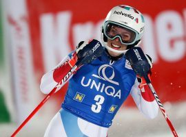 Mayer Flies to Victory in Men's Downhill, Gisin Takes Women's Slalom, Shiffrin Closes Out Rollercoaster 2020 on Podium