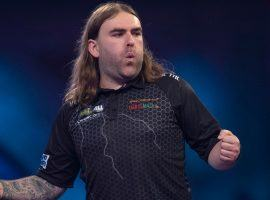 Underdog Bunting Completes Second Comeback in a Row as PDC World Championship Quarterfinals Set