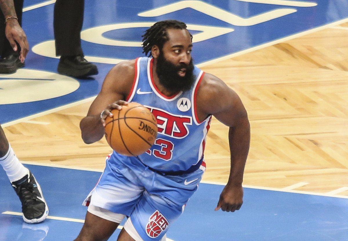 Video Triple-Double James Harden Brooklyn Nets Beard