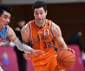 Jimmer Fredette70 Points Shanghai Sharks China