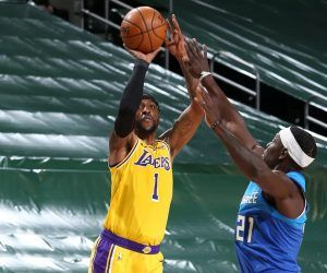 KCP Kentavious Caldwell-Pope Buzzer-Beater Lakers Bucks Betting Over Totals