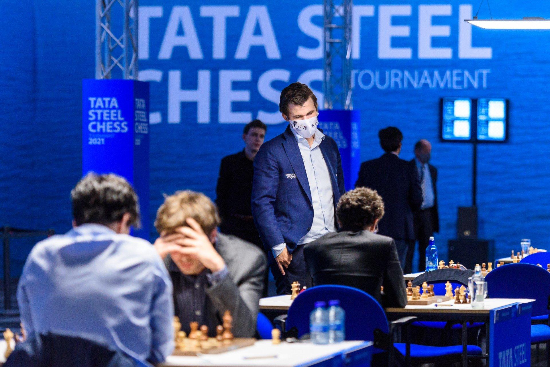 Tata Steel mengalahkan Carlsen
