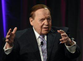 in 2015, Sheldon Adelson bought the Las Vegas Review Journal, the largest daily paper in Nevada. (Image: Ethan Miller/Getty)