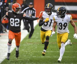 The Cleveland Browns won their first NFL playoff game in more than a quarter century Sunday. In spite of this the game's ratings were down from the same time slot last year. (Image: AP)