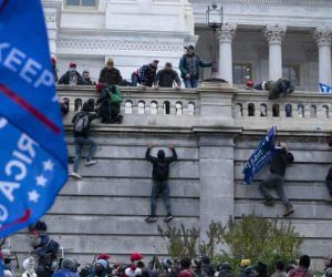 A violent pro-Trump mob storms the nation's Capitol Wednesday, Jan. 6 on the normally peaceful, Constitutionally mandated day to transfer power. Overseas sportsbooks, as a reaction, put up Trump-related prop bets regarding the status of his last two weeks in office. (Image: Getty)