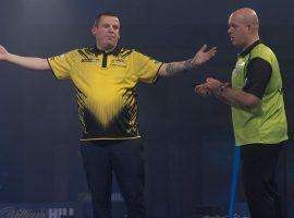 Heavy Underdogs Chisnall and Bunting Advance to Semis of PDC World Darts Championship Friday