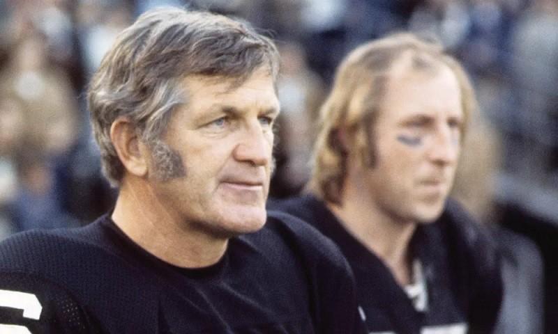 George Blanda Oakland Raiders Oldest NFL Player QB
