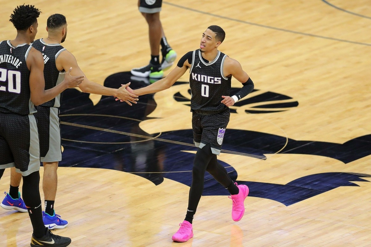 Tyrese Haliburton Sacramento Kings kalah telak