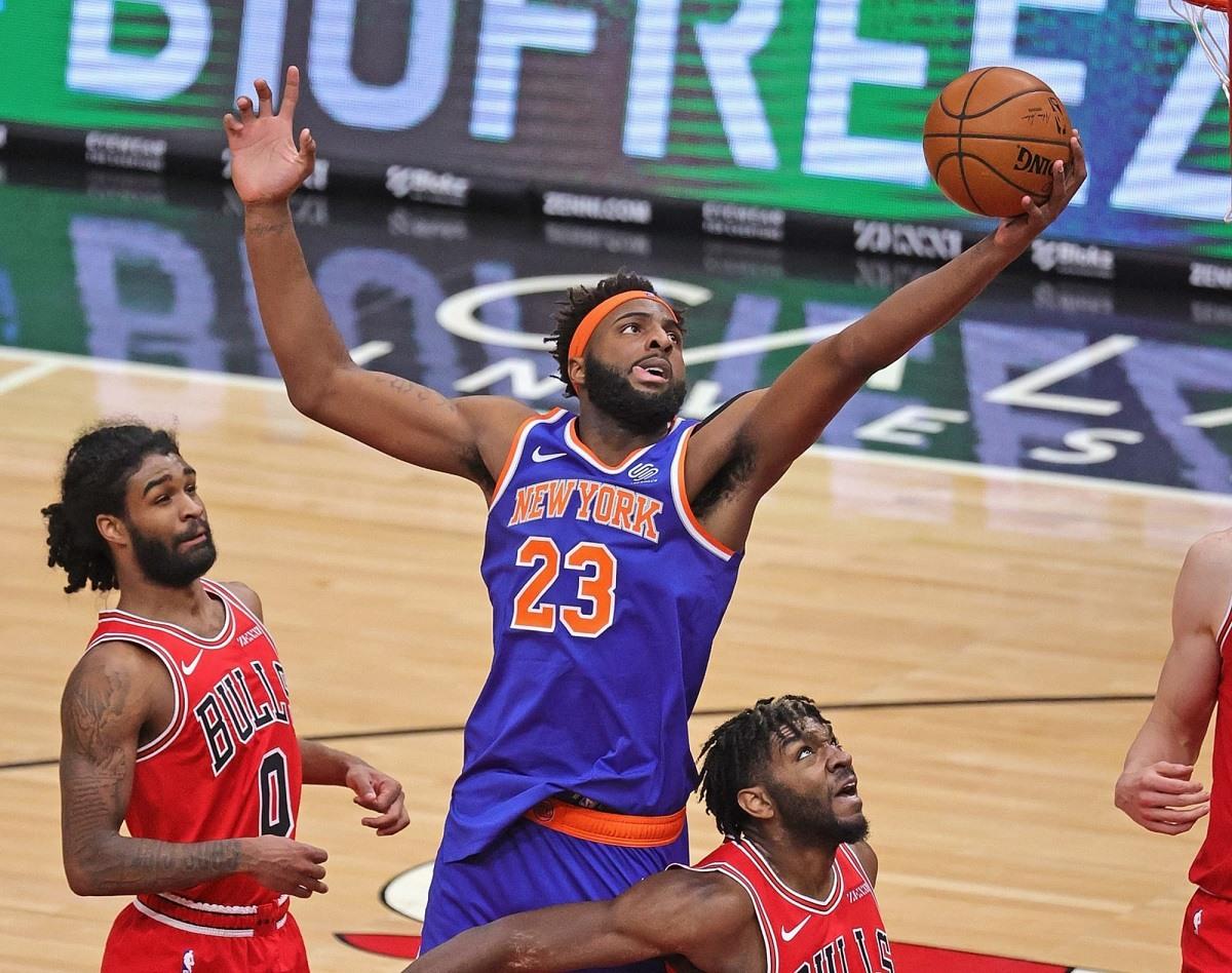 Knicks Robinson Mitchell Injury Out