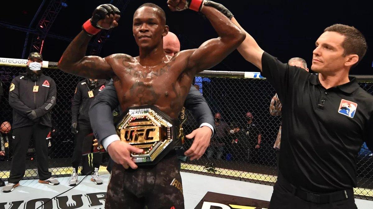 Blachowicz Adesanya odds UFC 259