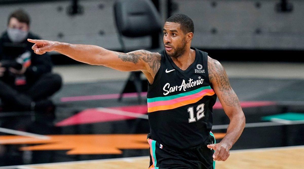 LaMarcus Aldridge San Antonio Spurs trade