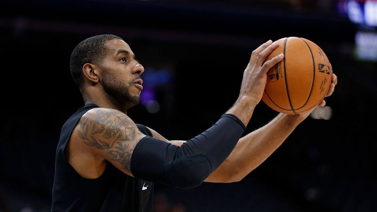 LaMarcus Aldridge San Antonio Spurs Brooklyn Nets