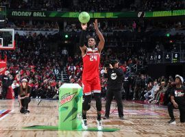Last year's champion, Buddy Hield, shooting the special 3-Ball in the 2020 NBA All-Star 3-Point Contest. (Image: Nathaniel S. Butler/Getty)