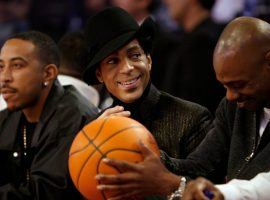 Ludacris (left), Prince (center), and David Chappelle (right) sit courtside for the 2007 NBA All-Star Game in Las Vegas. (Image: Kevork Djansezian/AP)