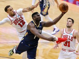 Zion Williamson of the New Orleans Pelicans drives to the basket against the Chicago Bulls.  (Image: Jonathan Bachman/Getty)