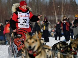 Aliy Zirkle, who was the runner-up three times in the Iditarod, crashed on Day 3 and withdrew from the race. (Image: Marc Lester/Reuters)