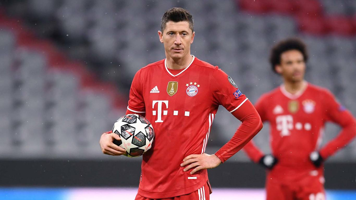 Lewandowski is out for a month with injury