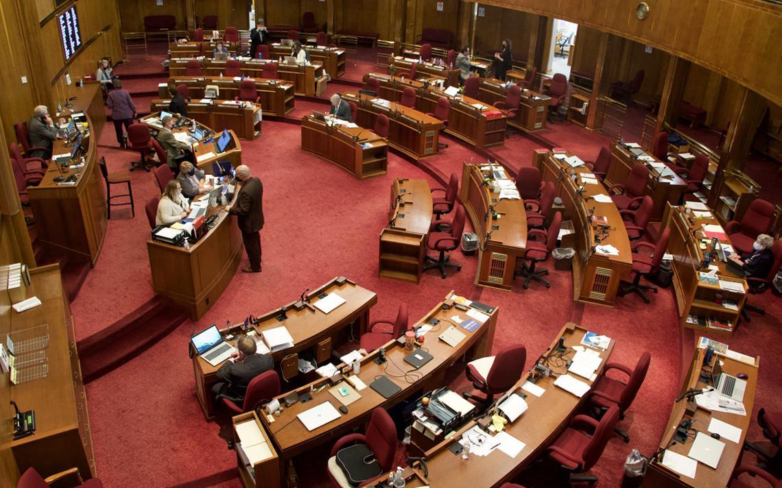 senate_chamber (Forum Fargo)