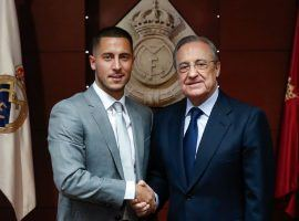 Real Madrid president Florentino Perez welcoming Belgian superstar Eden Hazard to Real Madrid. (Image: Twitter / @RealMadrid)