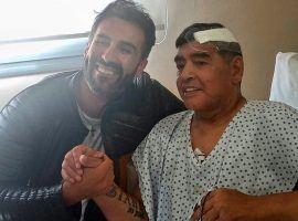 Maradona and  doctor Leopoldo Luque posing together after the Argentinian underwent surgery. (Image; Instagram)